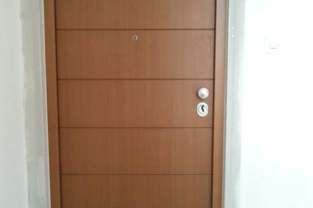 Protuprovalna vrata za stan crta dizajn