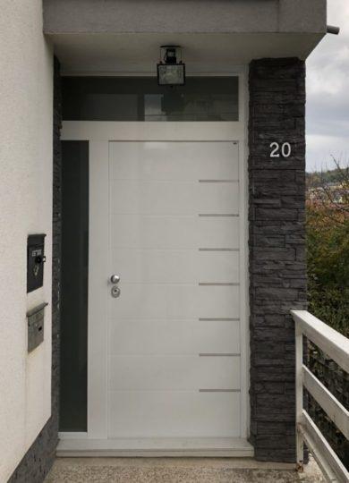 Projektna protuprovalna vrata