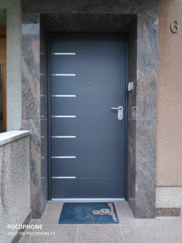 Protuprovalna vrata za kuću antracit